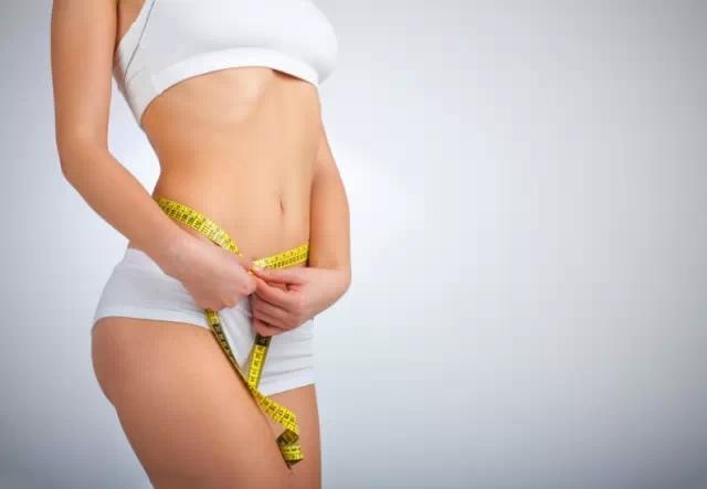 吃杏仁也能减肥?据称6种食物能帮你吃出平坦小腹